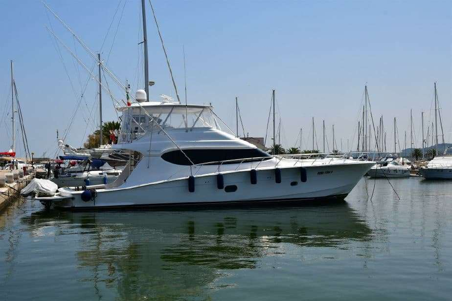 Hatteras 68 Convertible (2009, Italy)
